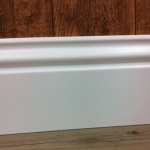 Rodapé  MDF Lacca Bico de Pato 15cm branco 150x15x2400mm