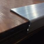 Cantoneira em alumínio para degraus FL 011 35x15x1.5x3000mm